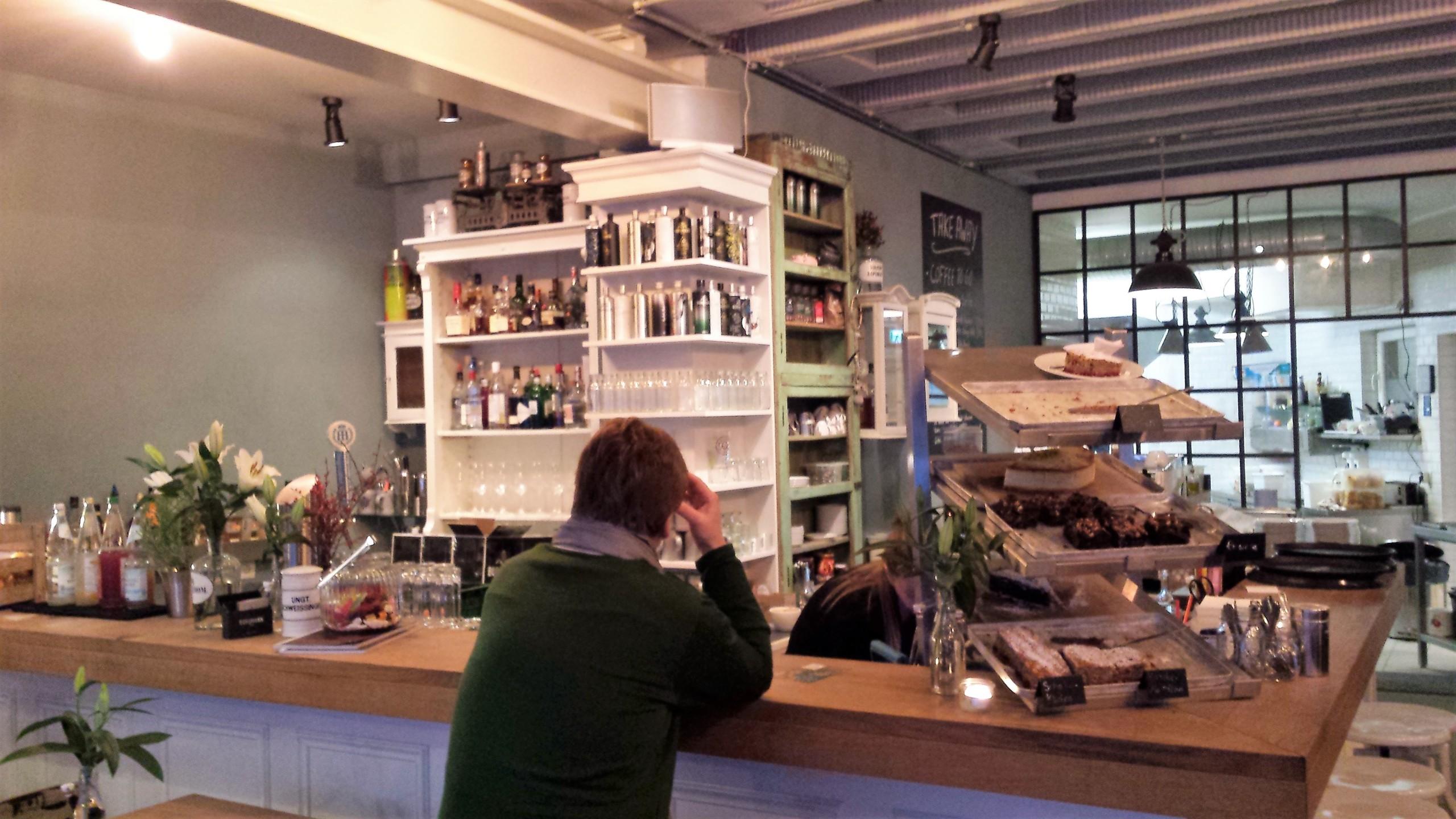 Die Apotheke Cafe Und Tagesbar öffnungszeiten Schuhstraße In