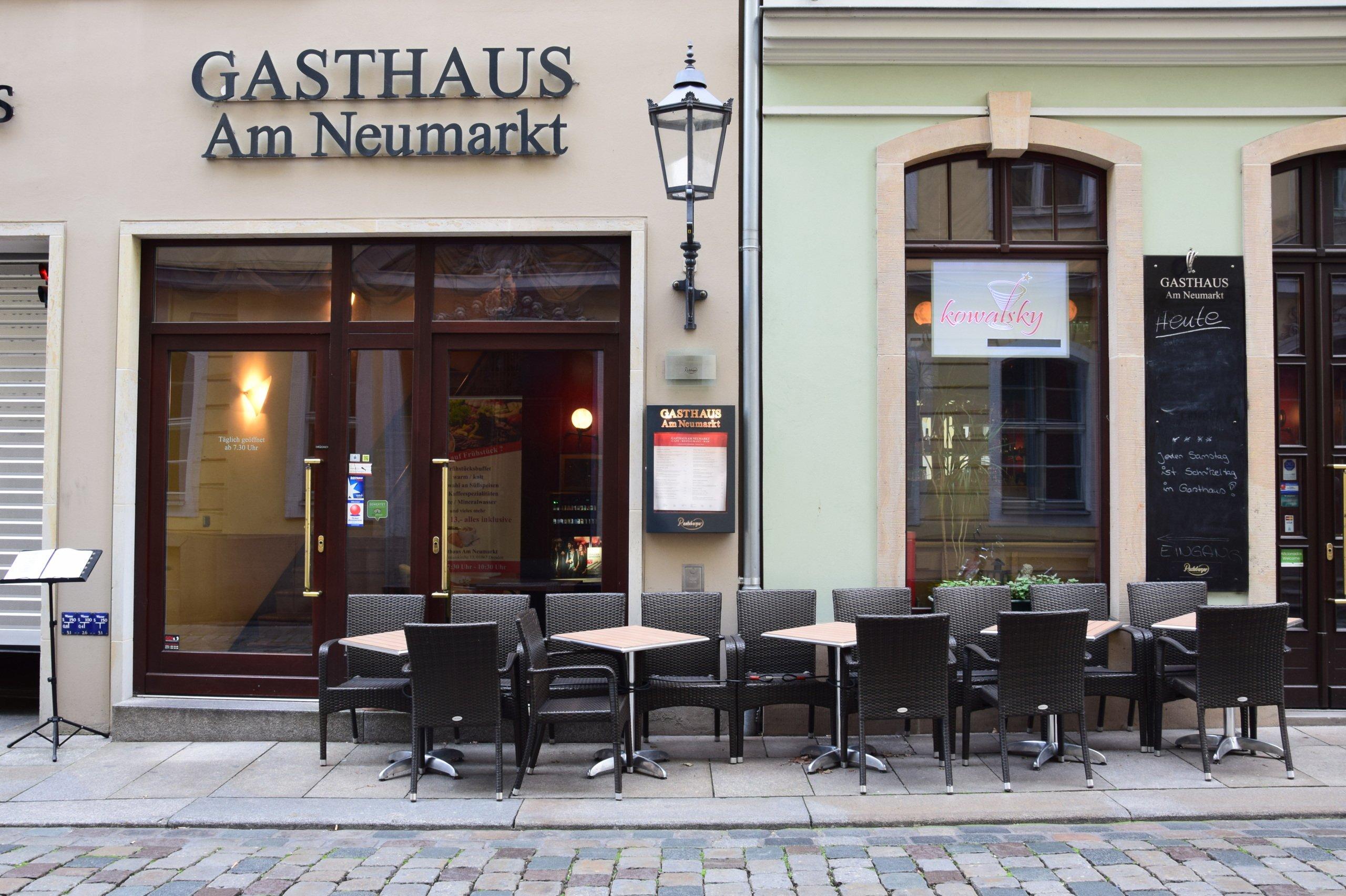 Gasthaus Am Neumarkt Öffnungszeiten, An der Frauenkirche in Dresden ...